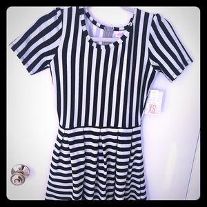 NWT lularoe Black white striped noir Amelia dress